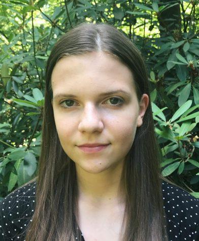 Photo of Ellie Davis